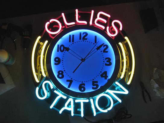 24 inch custom neon clock